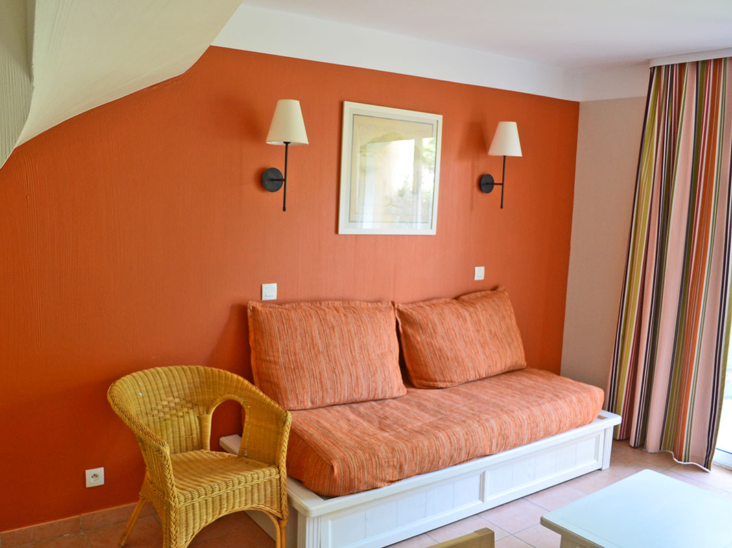 http://www.deco-resort.com/intranet/uploads/photo/hyeres-le-hameau1.jpg